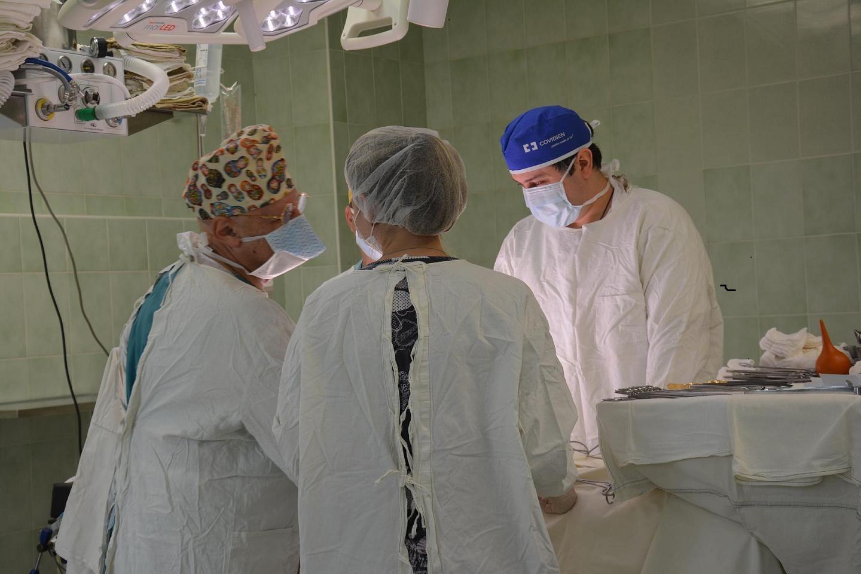 В НПЦ прошла сложная онкологическая операция