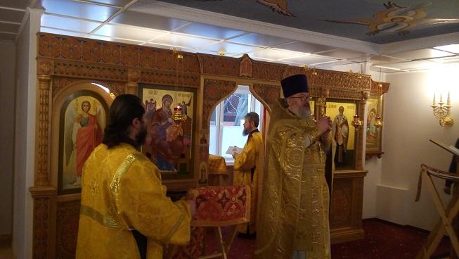 В Московском центре паллиативной помощи детям прошла Рождественская праздничная служба